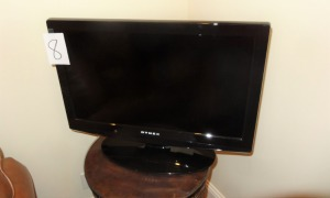 "Flat Screen TV/DVD Combo - Dynex - 25"" screen"