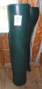 7 Rolls of Plastic Ring Matting from J & J Dog Supply