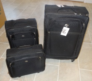 American Tourister Luggage - 3pcs