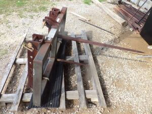 3 point hitch hay spear.  Click on the photo to see additional pictures.