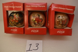 (3) CHRISTMAS CLASSIC ORNAMENTS