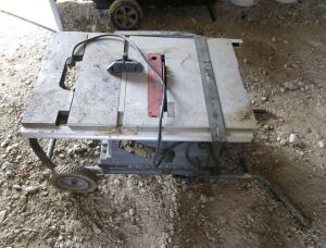 Porter Cable table saw with cart.