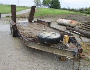 Heavy duty equipment trailer with ramps, 20 foot long to the nose, pindle hitch, NO TITLE