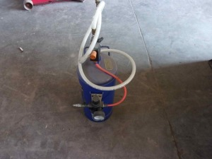 Central Pneumatic 15 lb. portable soda blaster