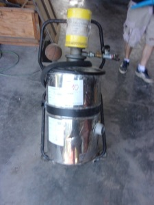 1J18 Vac 4000 no hose with cart