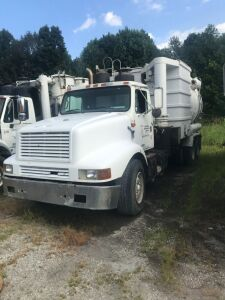"2001 GUZZLER INTERNATIONAL 27"" BLOWER TRUCK 010719"