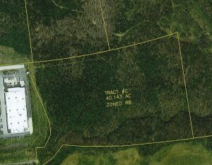 "Tract C- 40.140 acres: This land is zoned RB (Residential ""B"" District.) The entrance to this tract shall be from Westridge Drive. The zoning allows for single family dwellings. This tract is selling by the acre and your bid price will be multiplied by 40"