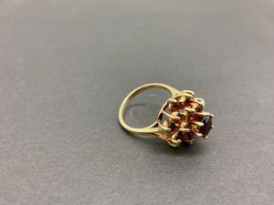 14KYellow Gold Ring. 2.0 ct. garnet/ 1.0 ct. garnet./5.2 gr.(MSRP-$714.00)