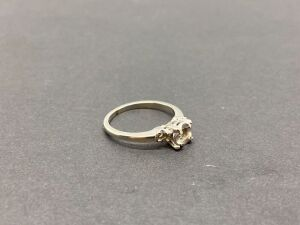 18K Jabel Ring - no stones/ White Gold, 2.6 grams.