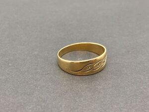 14K Wedding Band Yellow Gold/ 3.2 grams
